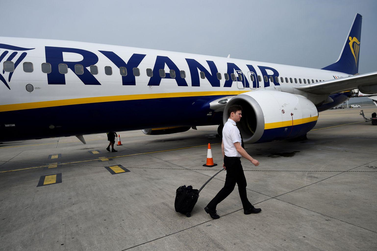 Varados más de 55 mil pasajeros por huelga de pilotos de Ryanair