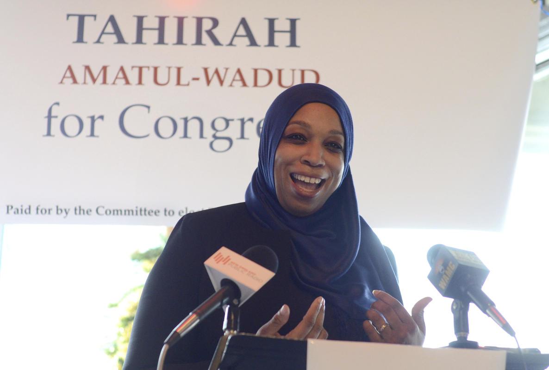 Mujer musulmana busca ser parte del Congreso de EE.UU.