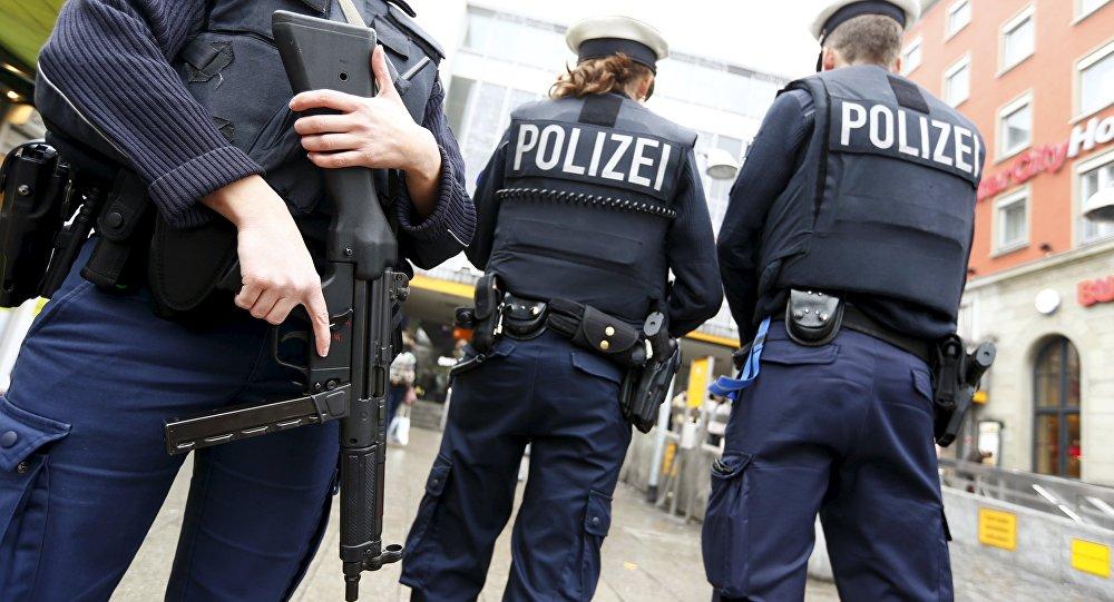 (Videos) Apuñaladas tres personas durante ataque de un hombre en plena calle de Alemania