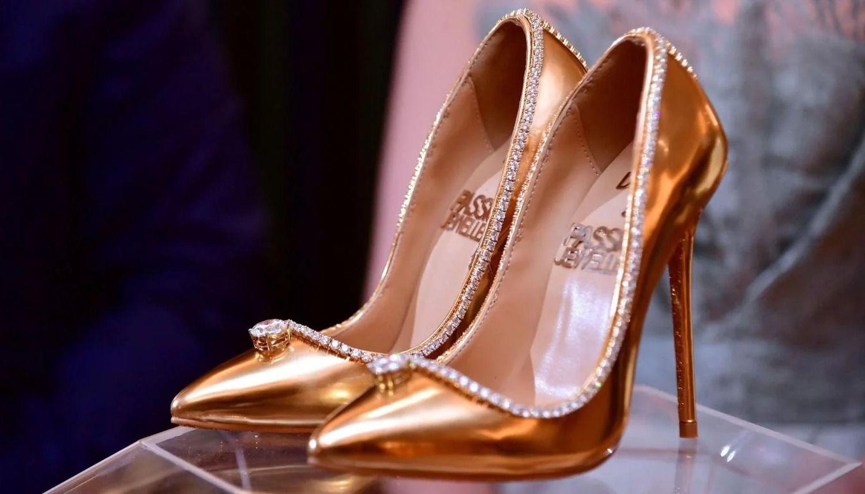 (Fotos y video) ¿Pagarías por ellos? Estos son los nuevos zapatos más caros del mundo