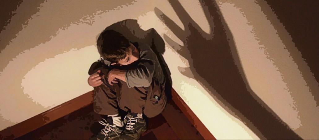 Gobierno español inicia construcción de ley para evitar la violencia infantil