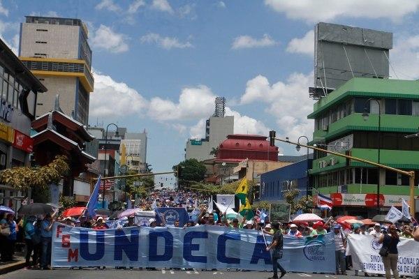 Huelguistas a proyecto de reforma fiscal podrían ser despedidos de sus puestos de trabajo en Costa Rica
