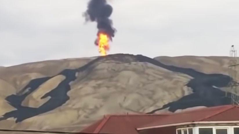 (Vídeo) Momento en que el Volcán Otman- Bozdag despierta con fuego