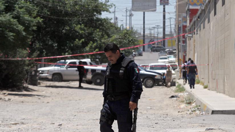 (Vídeo) Linchan y queman vivo a funcionario de la Fiscalía y otros tres hombres están gravemente heridos en México