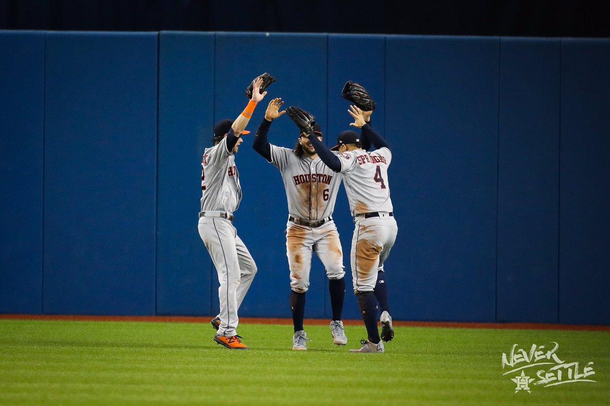 Astros de Houston llegan a 100 victorias por segundo año consecutivo