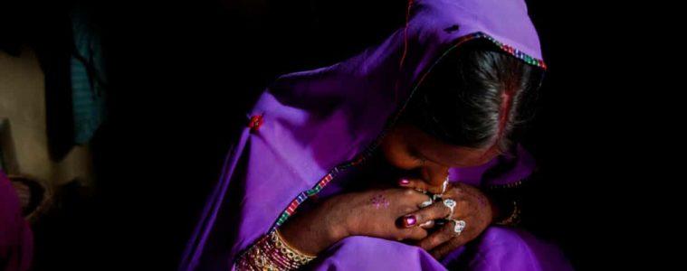 Cerca del 40% de suicidios de mujeres en el mundo se producen en la India, revela último estudio de The Lancet
