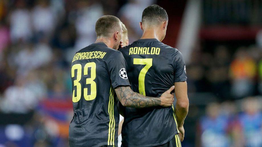 (Video) Expulsan a Cristiano de un partido de Champions y se retira llorando del estadio