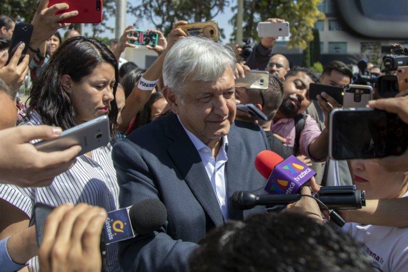 """López Obrador solo necesita de """"hamaca y catre"""" para vivir en el Palacio Nacional de México"""