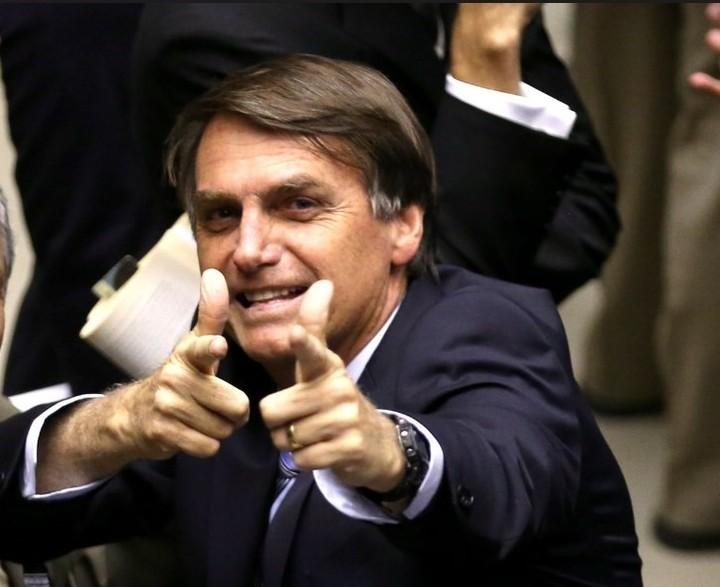 Juristas: Bolsonaro es el candidato presidencial que representa un peligro para Brasil