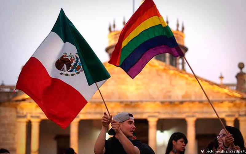 (Video) México impulsa ley para dar pensión de viudez a parejas LGBTI