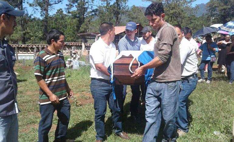 Bandas criminales han asesinado a casi 100 maestros en Honduras