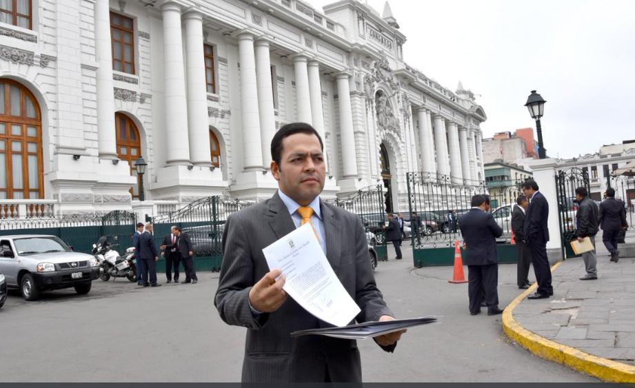 Poder Judicial peruano presenta proyecto de ley para suspender a jueces corruptos