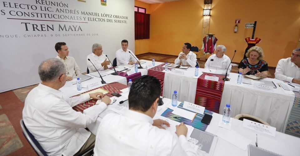 Comunidades y ejidatarios ya fueron consultados, y aceptan el Tren Maya, asegura AMLO