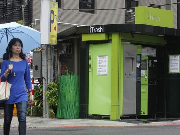 Trueque ecológico: basura por crédito para viajar en transporte público en Taiwán