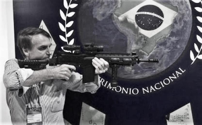Jair Bolsonaro: El delirante ultraconservador candidato a la presidencia de Brasil
