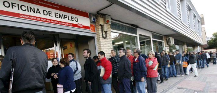 España perdió 622.000 empleos en 2020 y la tasa de paro se elevó al 16,1%