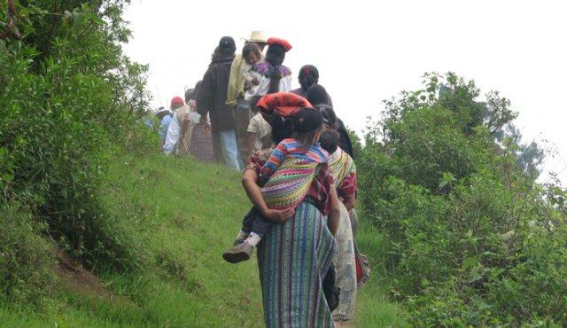 Conflicto colombiano ha dejado 38.000 desplazados y 110 líderes asesinados este año