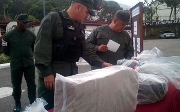 En Venezuela decomisaron dinero y material estratégico que sería extraído hacia Colombia