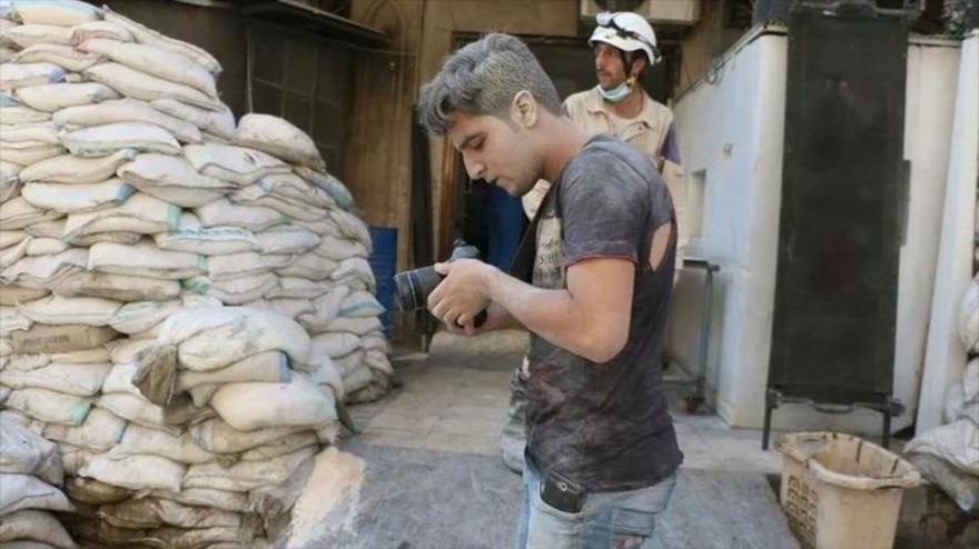 Los Cascos Blancos en Idlib montan un falso ataque químico para culpar a Bashar Al-Assad