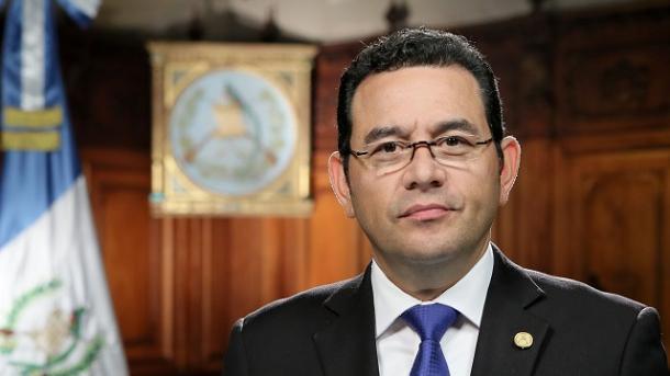 Gobierno de Jimmy Morales se coloca en desacato frente al Poder Judicial
