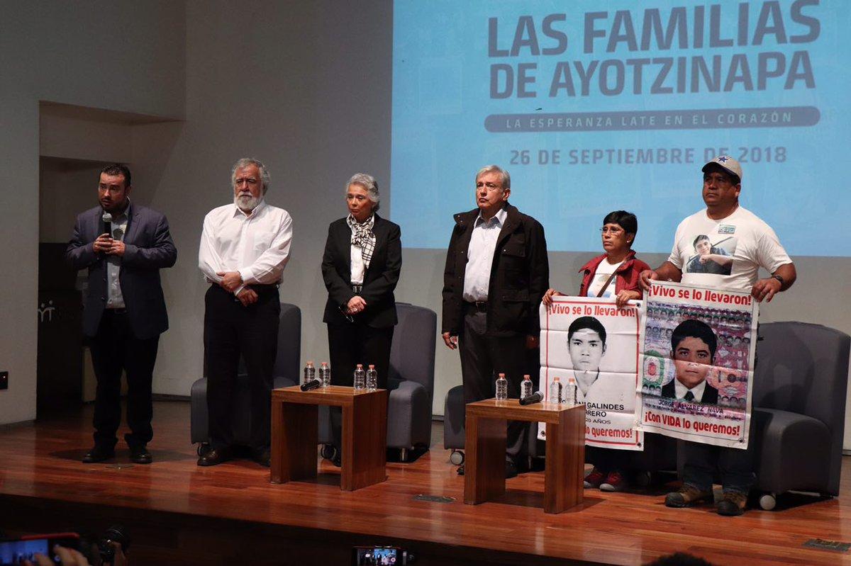 AMLO creará una Comisión de la Verdad para esclarecer el caso Ayotzinapa