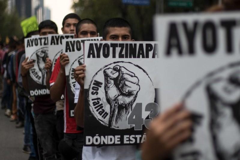 Legisladores mexicanos presentaron iniciativa para investigar el caso Ayotzinapa