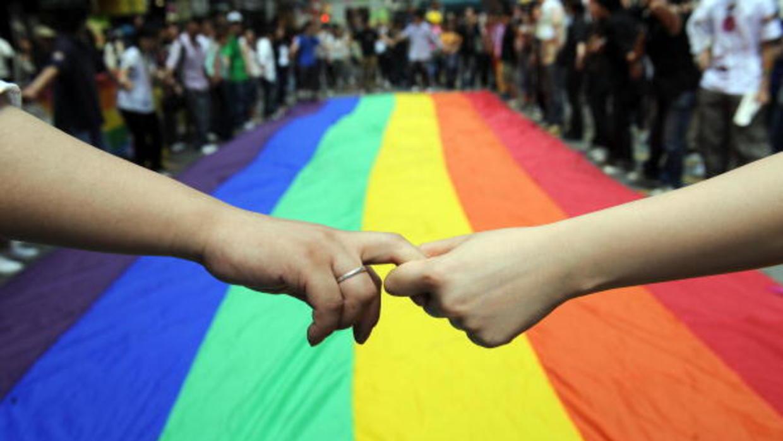 ¿Homofobia? Intentan impedir matrimonio igualitario con referéndum en Rumanía