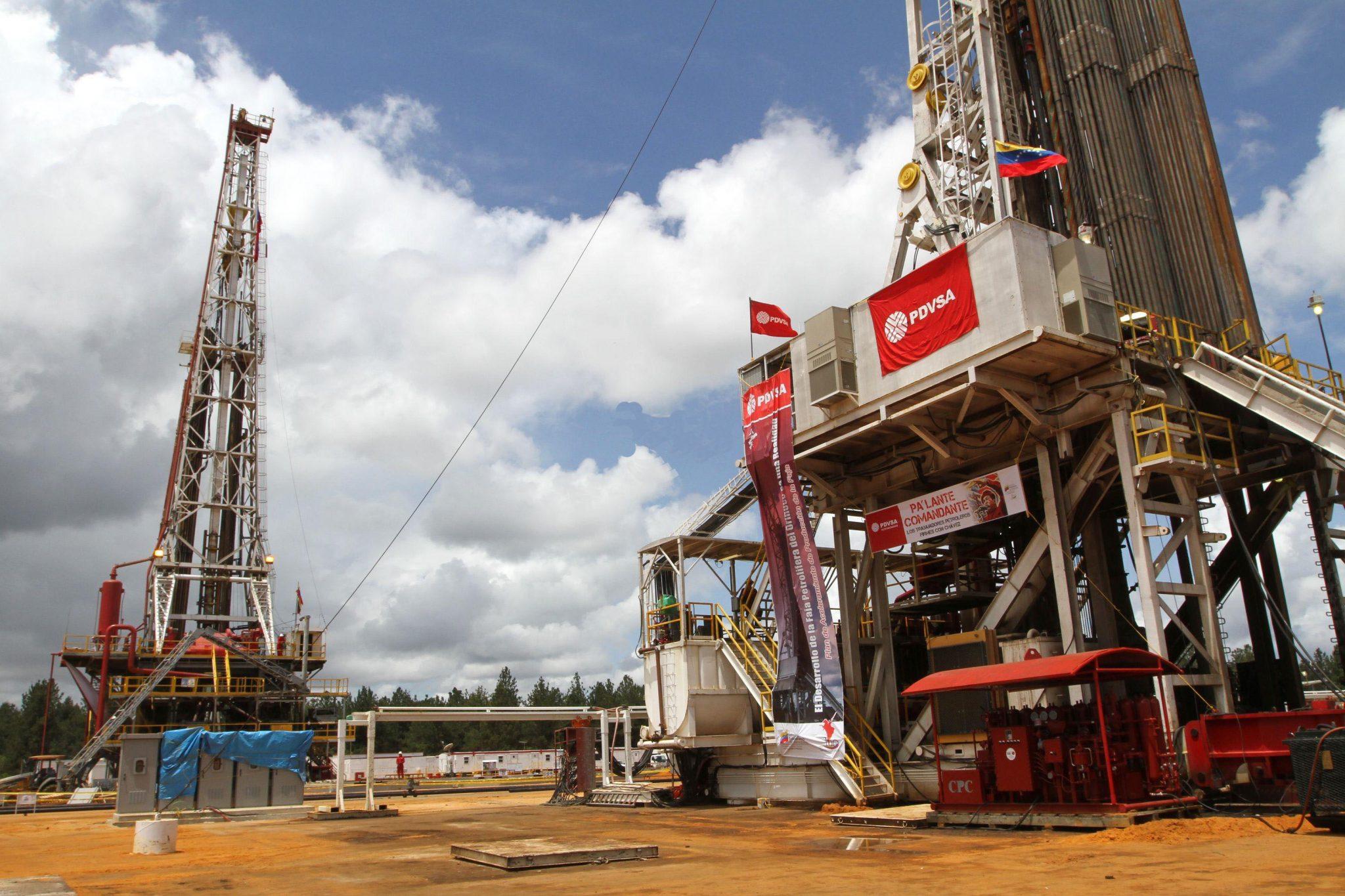 Reuters: Venezuela regresa a acuerdos petroleros de incentivos criticados en la era Chávez