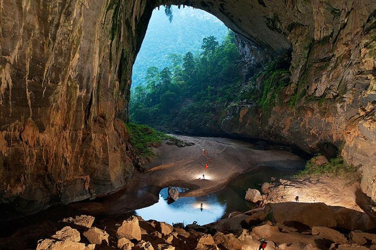 Científicos hallan restos prehistóricos en sistema de cueva vietnamita