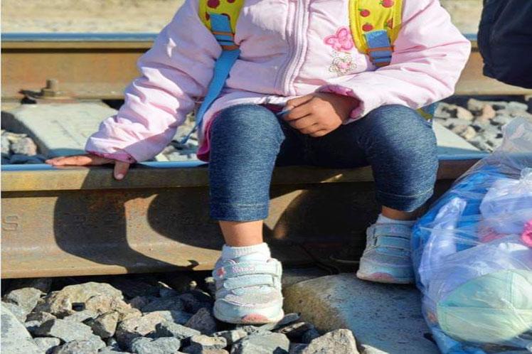 Unicef pide a los gobiernos garantizar derechos de los niños migrantes