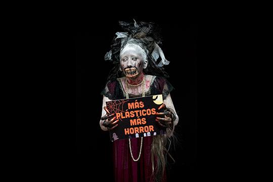 Greenpeace recomienda reducir consumo de plástico durante Halloween