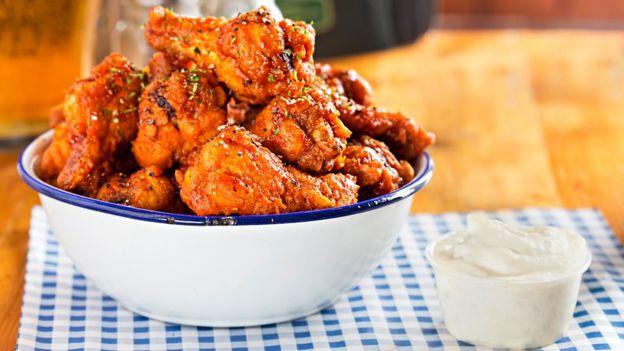 ¿Comer pollo sin matar un ave? Empresa estadounidense produce la carne in vitro