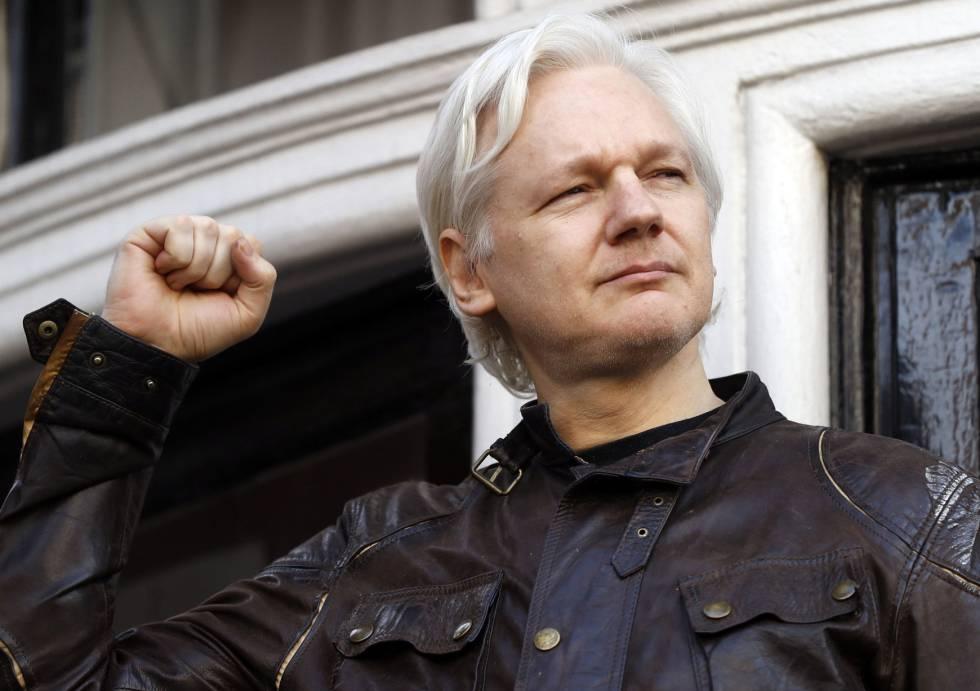 Estados Unidos chantajea a Ecuador para que entregue a Assange