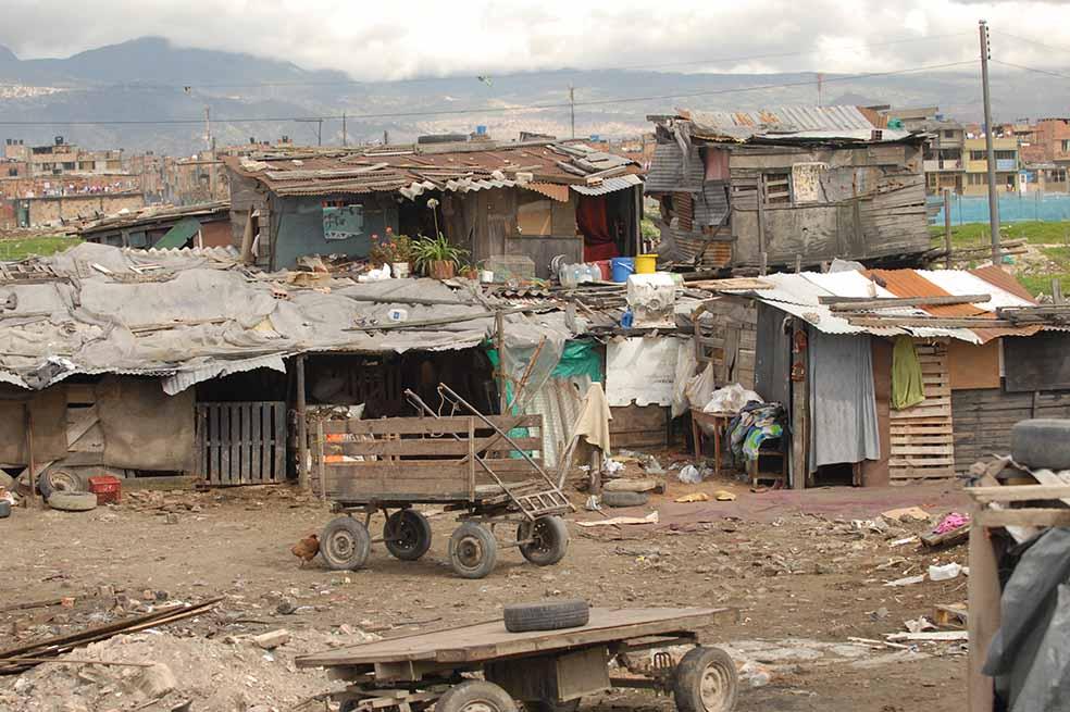 Gobierno de Enrique Peña Nieto deja 100 mil pobres más en México