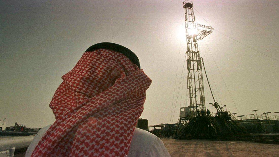 Arabia Saudí calcula su presupuesto con precio de barril de petróleo a 50 dólares