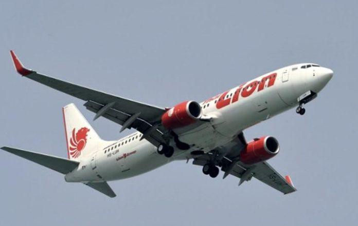 Se estrella avión en Indonesia y  mueren 189 personas