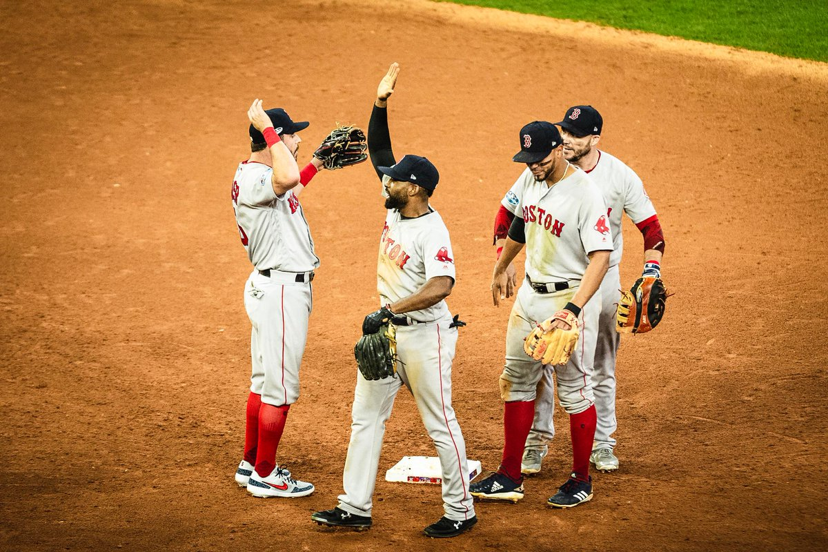 Boston gana cuarto juego
