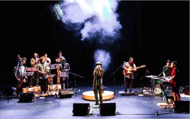 """La Brígida Orquesta presenta en concierto su primer disco """"Corte Elegante"""""""