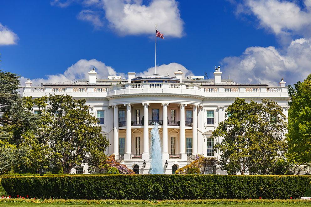 """La Casa Blanca debe estar embrujada"", afirma hija George W. Bush"