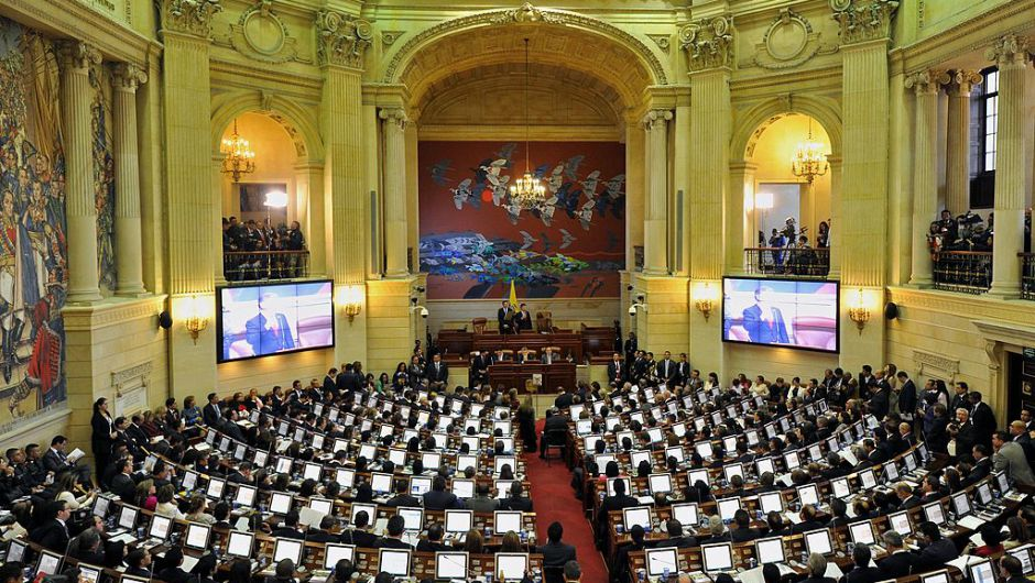 Senado de Colombia aprueba la paridad de género en listas electorales