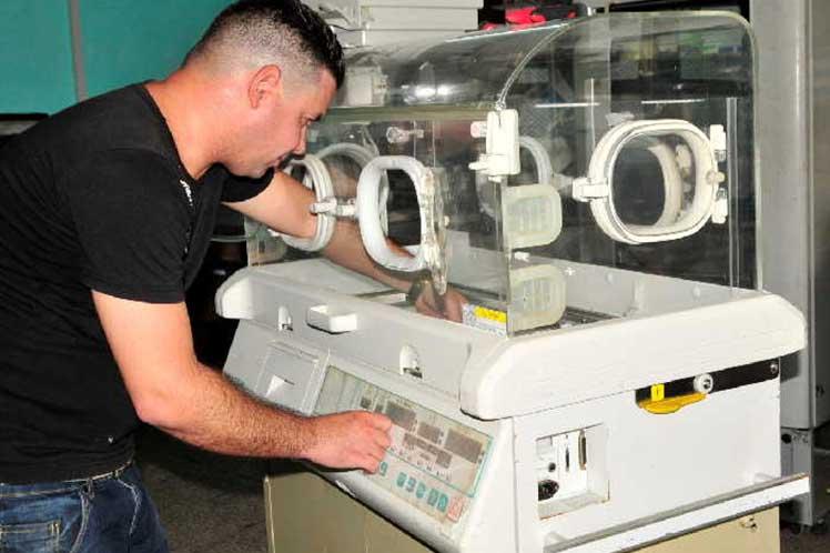 Inició congreso científico de la electromedicina en Cuba