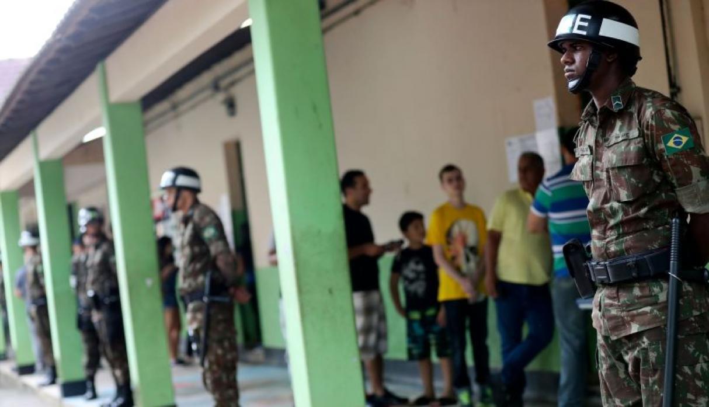 Inicia segunda vuelta electoral en Brasil entre Bolsonaro y Haddad