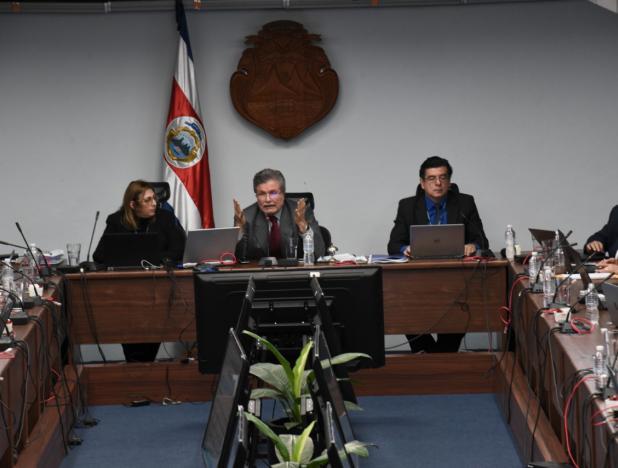 Corte Suprema de Costa Rica rechazó la reforma fiscal del Presidente