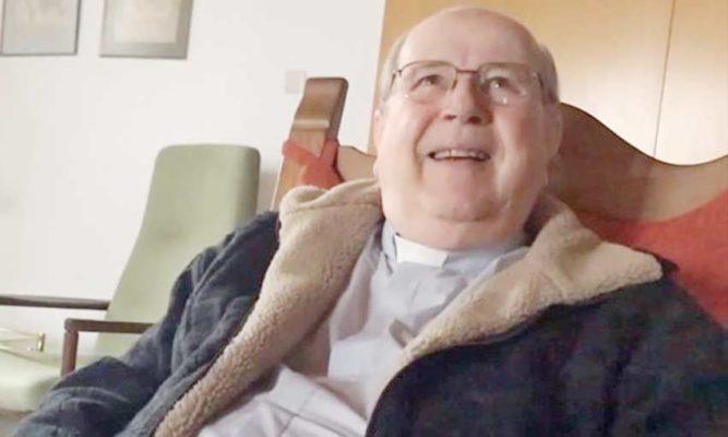 Evalúan traslado a Chile de obispo expulsado de la Iglesia por abusos sexuales