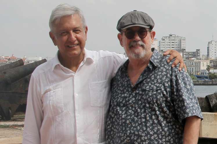 Silvio Rodríguez estará en toma de posesión de AMLO