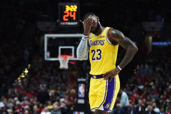 Los Portland Trail Blazers opacaron el debut de LeBron James