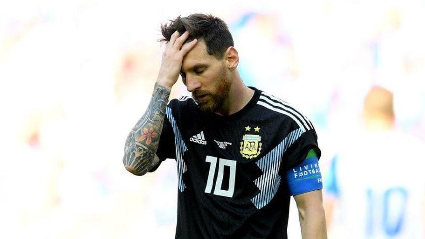 """Maradona dice que Messi debería """"mandar a todos al infierno"""""""