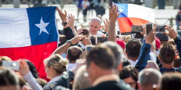 Casi 200 empresas financiaron la visita del Papa Francisco a Chile: Todas obtuvieron beneficios tributarios