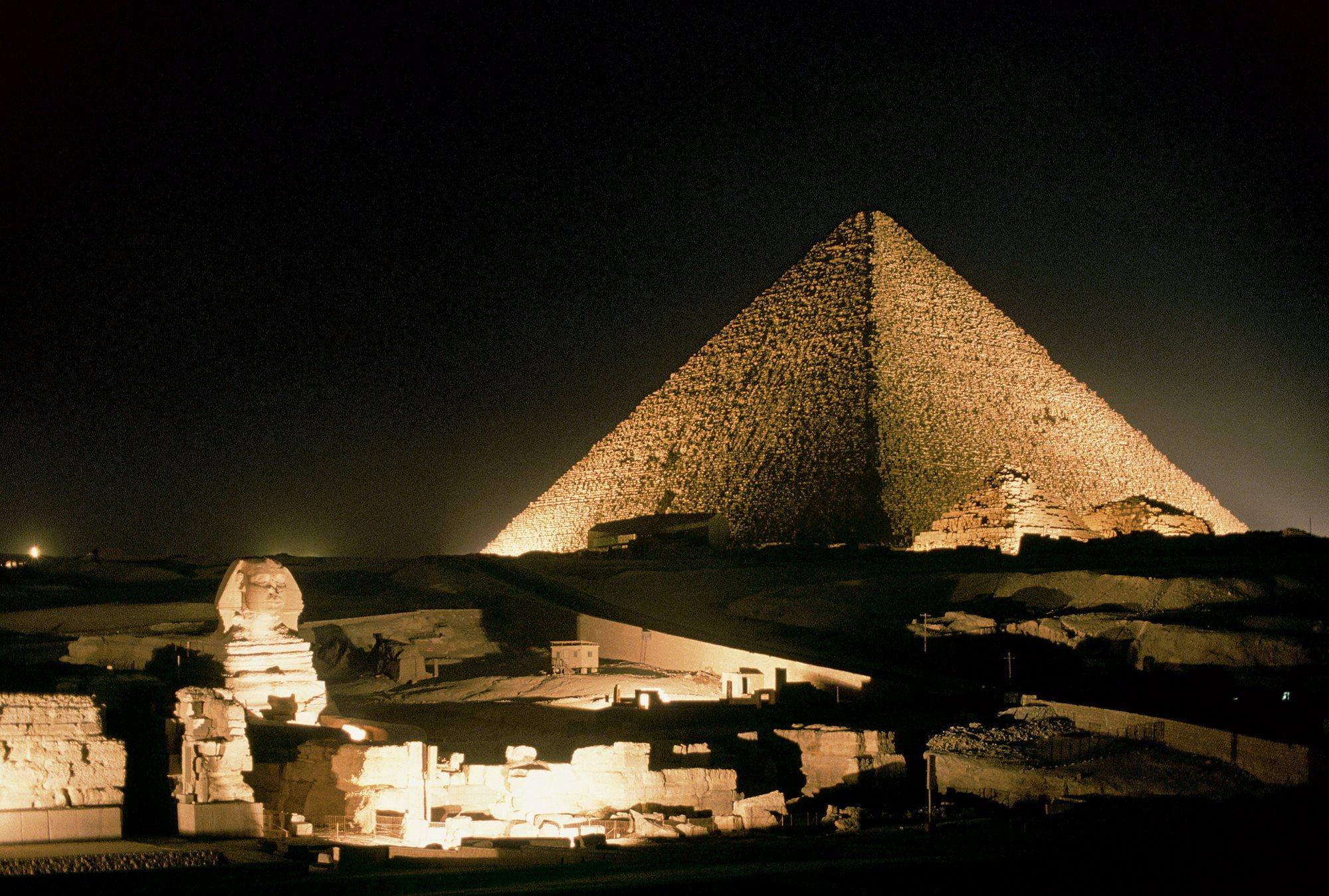 Científicos en shock: La gran pirámide Guiza se ubica exactamente en el centro de la Tierra
