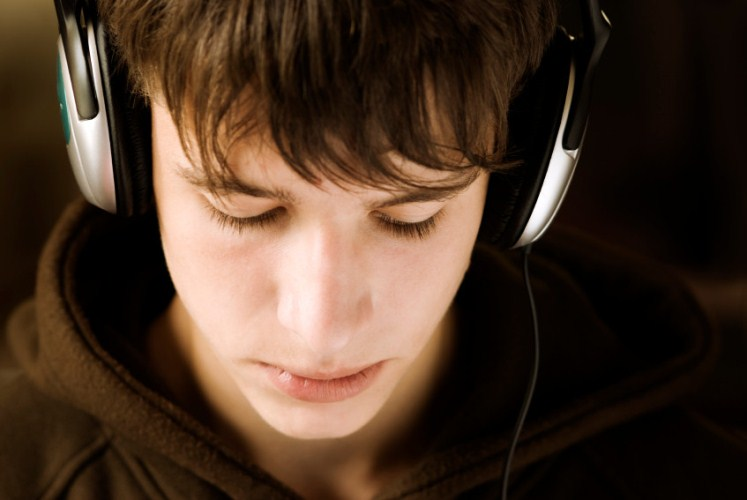 «La vida secreta del cerebro adolescente»: derribando mitos desde la neurociencia